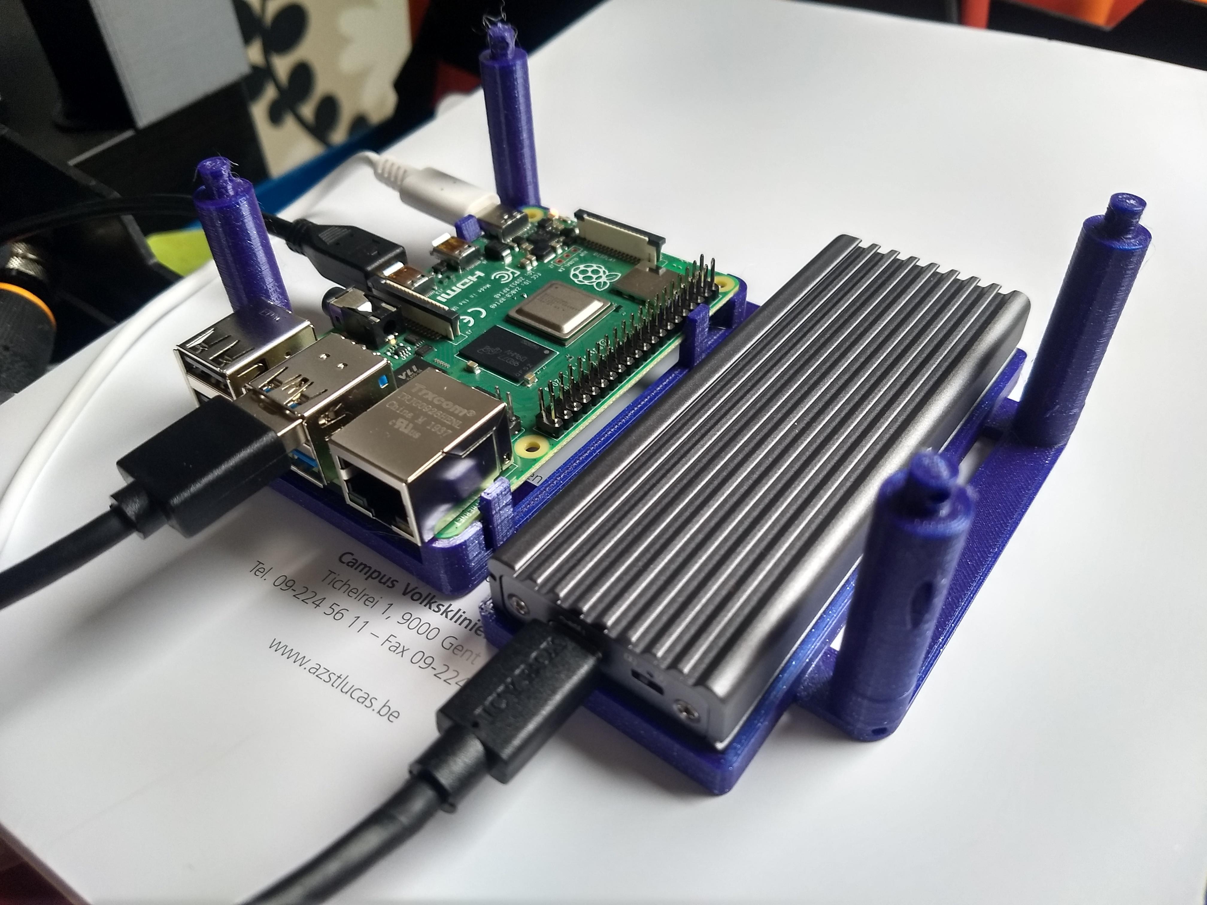 pi4 compatible locking