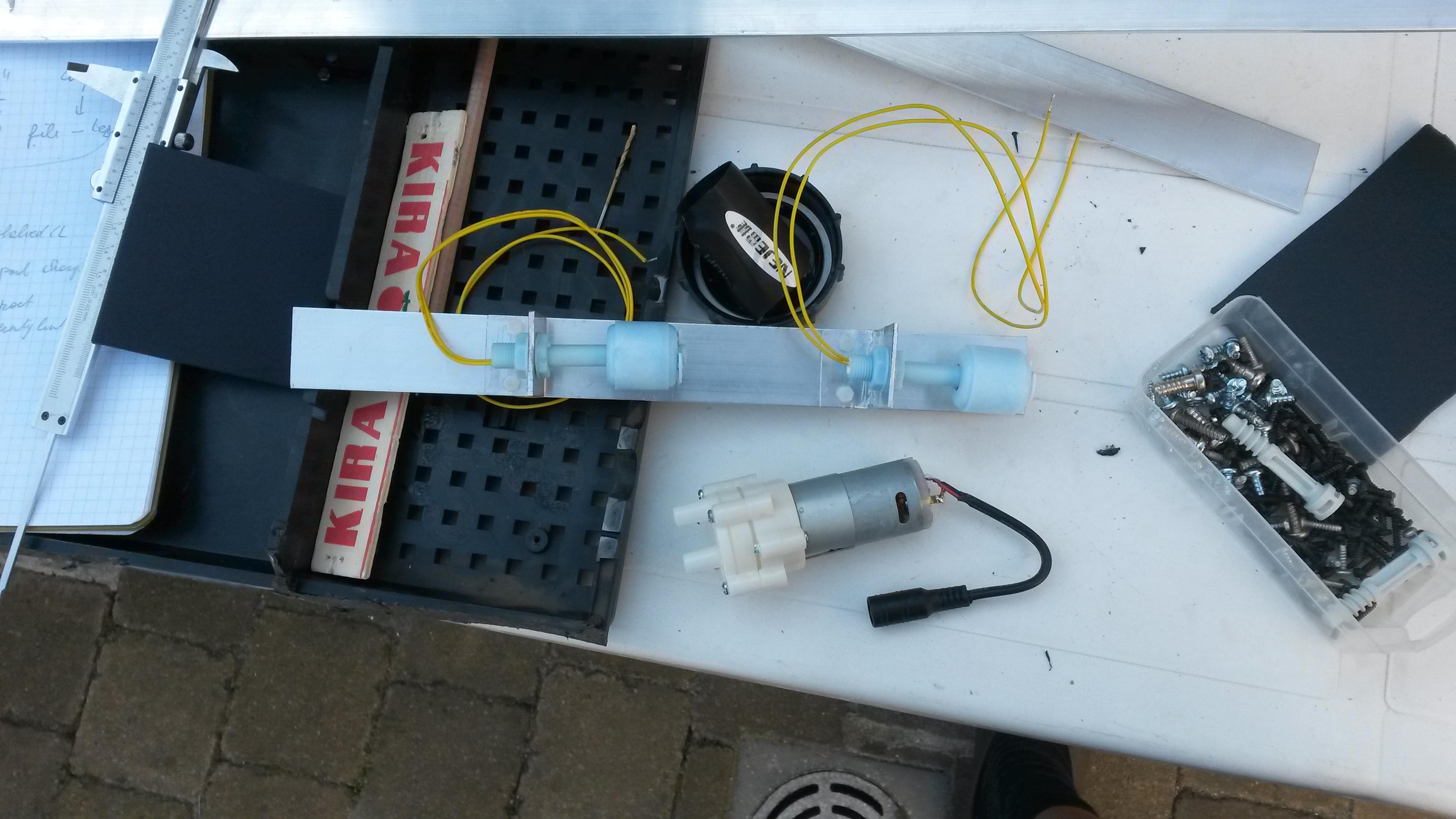 preparing float switches